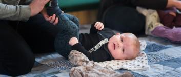 UDSKUDT Babysalmesang i Sinding kirke